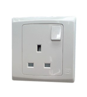 MK 13 Amps Socket